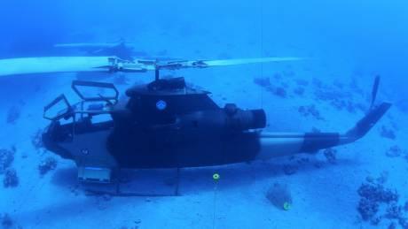 Τι γυρεύουν τανκς και ελικόπτερα στο βυθό της Ερυθράς Θάλασσας; Η Ιορδανία έχει την απάντηση