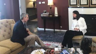 Συνάντηση της υπουργού Παιδείας με τον Αμερικανό πρέσβη