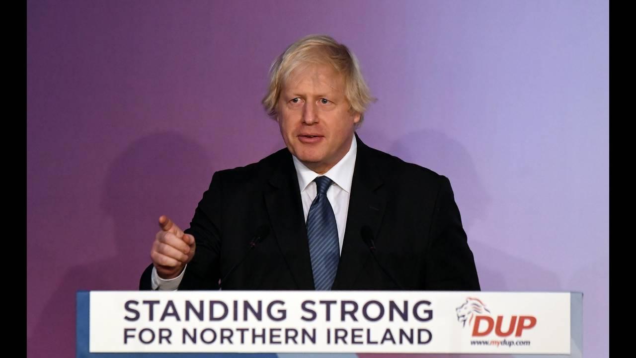 https://cdn.cnngreece.gr/media/news/2019/07/28/185702/photos/snapshot/2018-11-24T144920Z_911199429_RC16B535B300_RTRMADP_3_BRITAIN-EU-NIRELAND.JPG