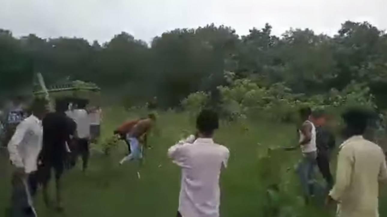 Ινδία: Χωρικοί σκότωσαν τίγρη που προσπαθούσε να σωθεί βάζοντας τις πατούσες στο κεφάλι της