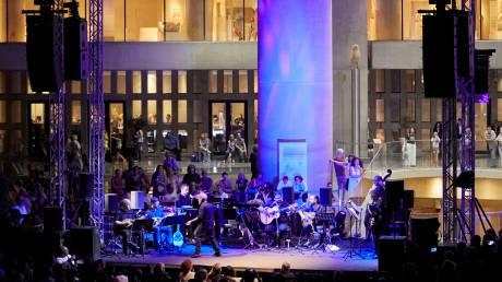 Αυγουστιάτικη πανσέληνος με μουσική στο Μουσείο Ακρόπολης