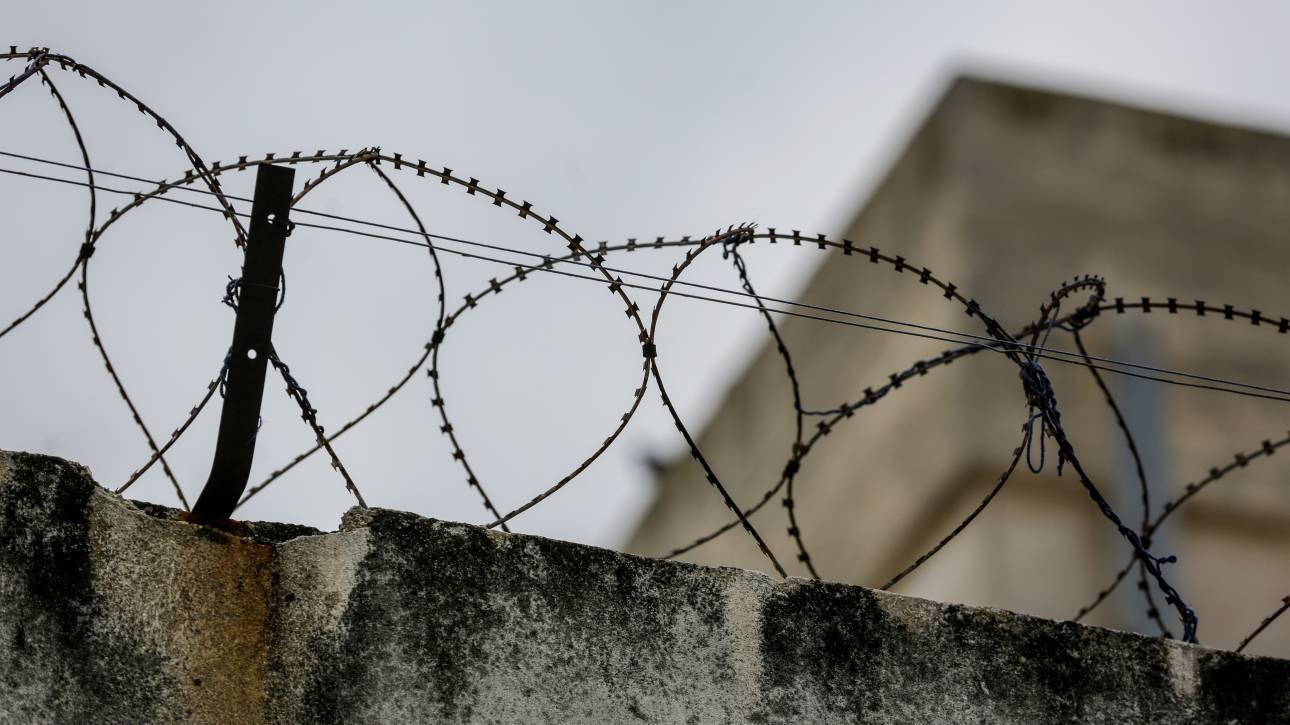 Συμπλοκή κρατουμένων με έναν τραυματία στις φυλακές Χίου