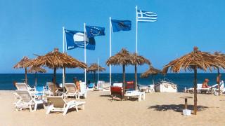 Έχασαν τη «Γαλάζια Σημαία» 17 ακτές: Δείτε ποιες είναι