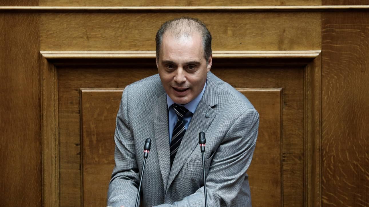 Κατά της καθολικής απαγόρευσης του καπνίσματος ο Βελόπουλος