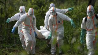 Κονγκό: Αφού υπάρχει πλέον εμβόλιο για τον Έμπολα, γιατί η επιδημία εξελίχθηκε σε παγκοσμια απειλή;