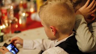 Έρευνα - Ελλάδα: 8 στα 10 παιδιά ηλικίας 5-12 ετών μπαίνουν στο Διαδίκτυο