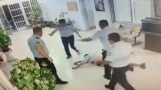 Βίντεο: Άγριος ξυλοδαρμός άνδρα στο παράνομο τ/κ αεροδρόμιο Τύμπου