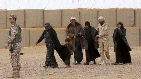 Συρία: Χιλιάδες άμαχοι παγιδευμένοι στο «Τρίγωνο του Θανάτου»