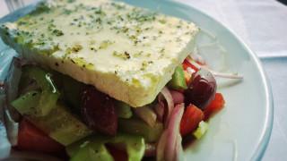 Χανιά: Καταναλωτής καταγγέλλει πως του χρέωσαν έξτρα το λάδι για τη σαλάτα
