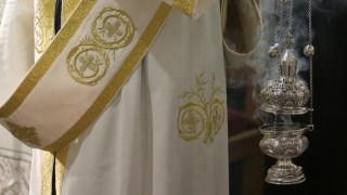 Πιερία: Αντιδράσεις για την άρνηση ιερέα να κοινωνήσει παιδιά με αναπηρία