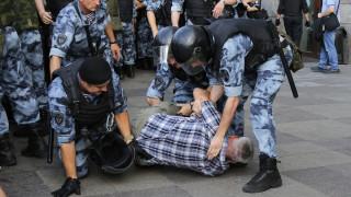 Ρωσία: Σύλληψη πέντε ατόμων από τις διαδηλώσεις υπέρ της διεξαγωγής ελεύθερων εκλογών