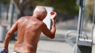 «Καμίνι» ολόκληρη η χώρα: Εκρηκτικό κοκτέιλ ζέστης με υγρασία