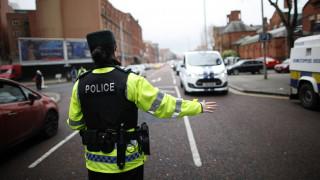 Συναγερμός στο Μπέλφαστ: Αυτοκίνητο έπεσε πάνω σε πλήθος