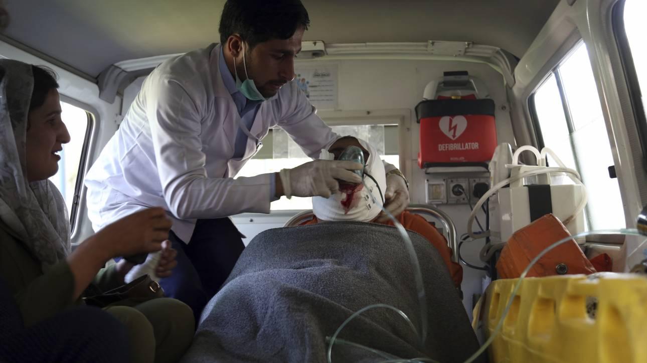 Αφγανιστάν: Νεκροί και τραυματίες από βομβιστική επίθεση σε λεωφορείο τηλεοπτικού σταθμού