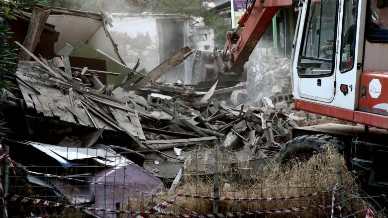 Ξεκίνησε κατεδάφιση επικίνδυνων κτηρίων στην Αθήνα