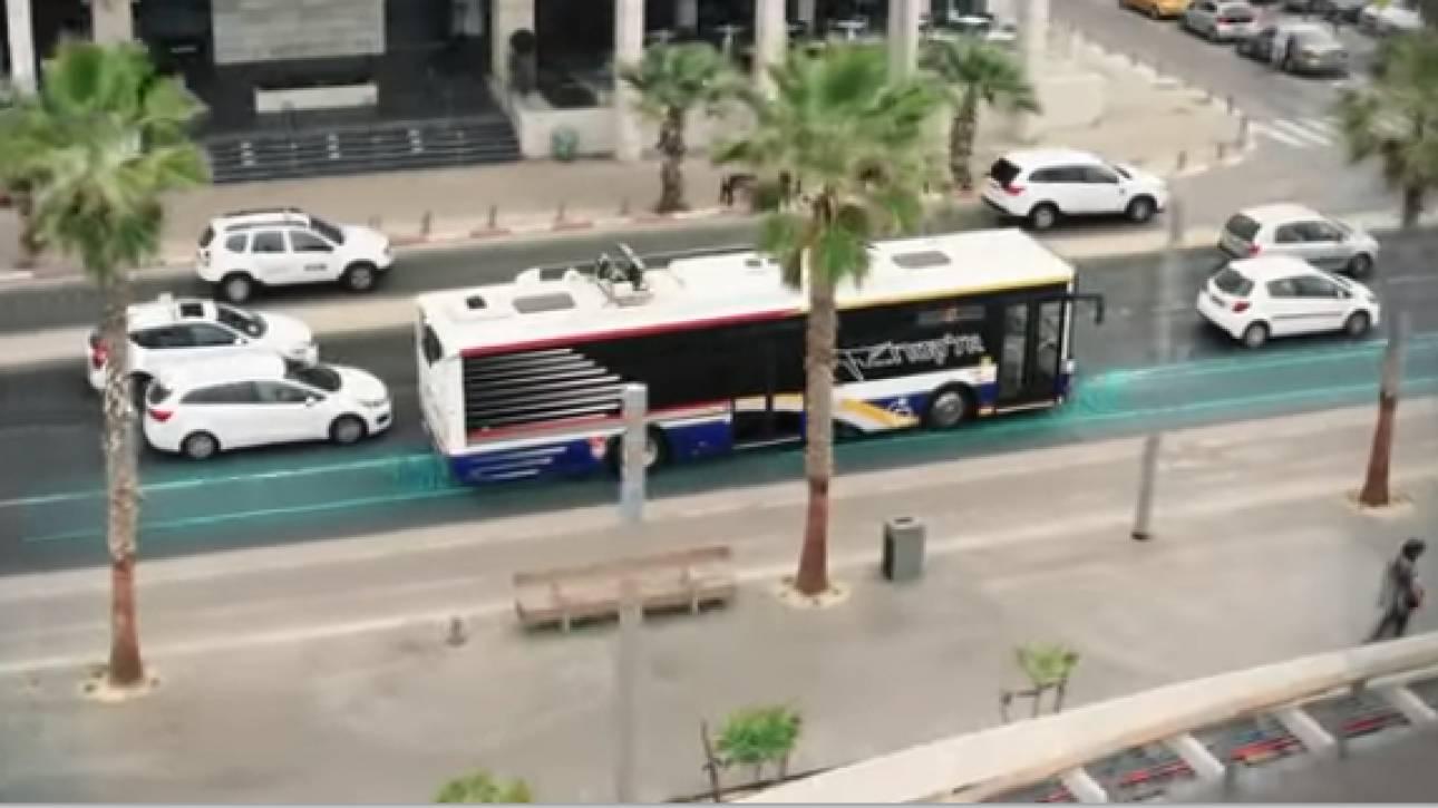 Ηλεκτρικά οχήματα θα «φορτίζουν» ενώ θα κινούνται κανονικά στον δρόμο
