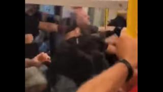 Άγριο ξύλο στο μετρό μεταξύ οπαδών της Λίβερπουλ και της Μάντσεστερ Σίτι