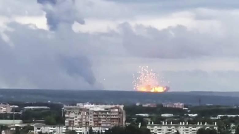 Εκρήξεις και πυρκαγιά σε αποθήκες πυρομαχικών στη Σιβηρία - Eκκενώθηκαν οικισμοί