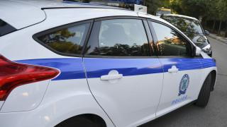 Καμένα Βούρλα: Σύλληψη 47χρονης που λήστευε ηλικιωμένες σε παραλίες