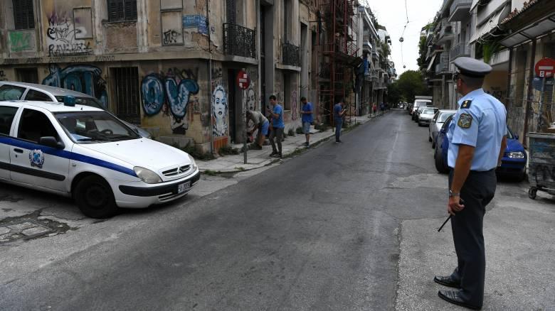 Εξάρχεια: Στην κατοχή διακινητή ναρκωτικών κλεμμένο όπλο αστυνομικού
