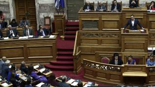 Κόντρα Τσίπρα - κυβέρνησης για Θάνου και Επιτροπή Ανταγωνισμού