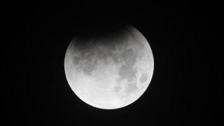 Το διαστημικό «τροχαίο» που μπορεί να δημιουργήσει ζωή στη Σελήνη