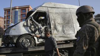 Έκρηξη παγιδευμένου αυτοκινήτου στο Αφγανιστάν – Τουλάχιστον 95 τραυματίες