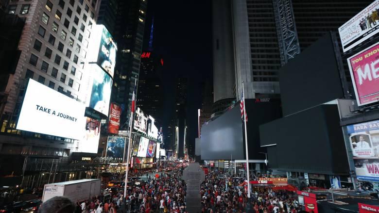 Πανικός στην «καρδιά» της Νέας Υόρκης: Εξάτμιση μηχανής τρομοκράτησε τον κόσμο