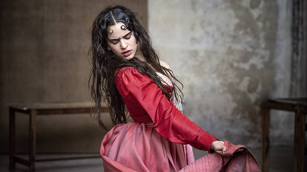 https://cdn.cnngreece.gr/media/news/2019/08/07/186818/photos/snapshot/25799_07-looking-for-juliet-rosalia.jpg