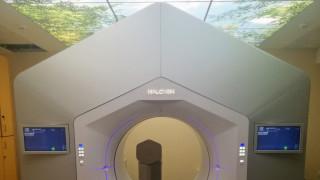 Καινοτόμο μηχάνημα ακτινοθεραπείας στο 401 ΓΣΝ - Δωρεά του Ιδρύματος Σταύρος Νιάρχος