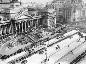 1952, Μπουένος Άιρες. Η κηδεία της Εβίτας Περόν.