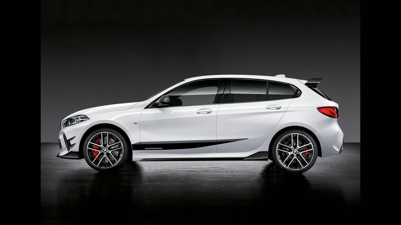 https://cdn.cnngreece.gr/media/news/2019/08/09/186997/photos/snapshot/BMW-M140E-8.jpg