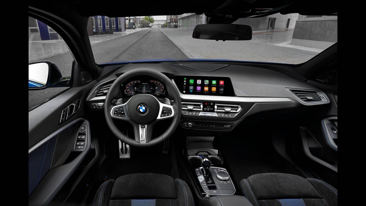 https://cdn.cnngreece.gr/media/news/2019/08/09/186997/photos/snapshot/BMW-M140E-9.jpg