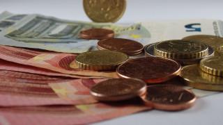 Δεκαπενταύγουστος: Δείτε πώς θα πληρωθείτε αν εργάζεστε στον ιδιωτικό τομέα