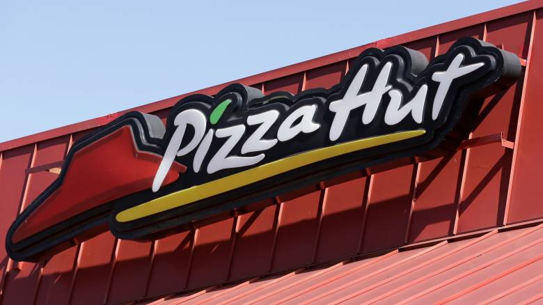 Pizza Hut: Δεν κλείνουν καταστήματα στην Ελλάδα – Σχέδια επέκτασης της εταιρείας
