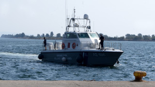 Συνελήφθη χειριστής ταχύπλοου που τραυμάτισε λουόμενο στη Γλυφάδα