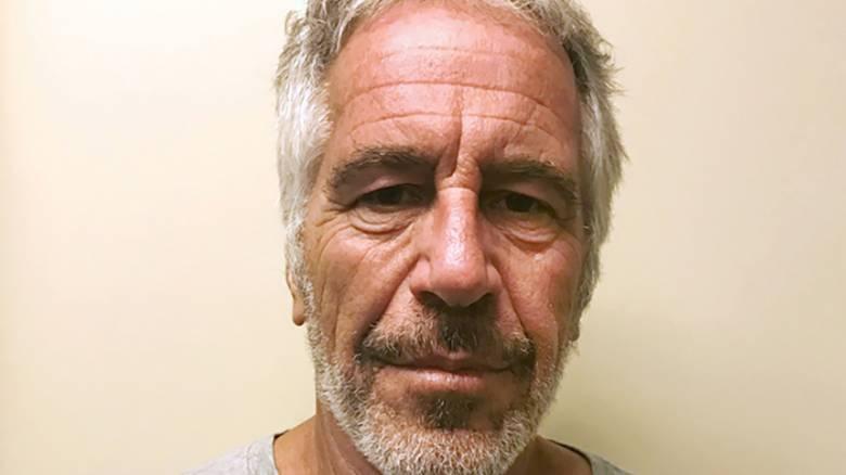 Το FBI ερευνά την «προφανή αυτοκτονία» του Τζέφρι Έπσταϊν