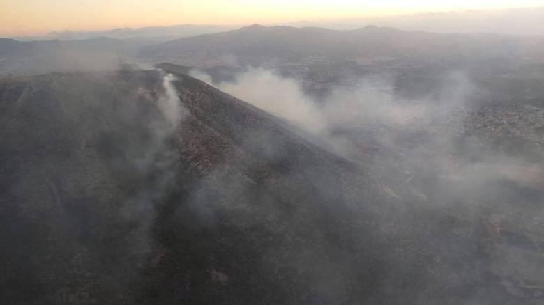 Φωτιά Υμηττός: Οι φλόγες έφτασαν μέχρι τις κεραίες