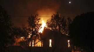 «Η Γη της Φωτιάς»: Παντού, πάντα κάτι καίγεται