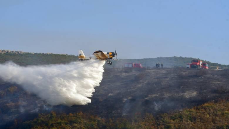 Φωτιά στην Εύβοια: Σε ετοιμότητα για εκκένωση του χωριού Μακρυμάλλη