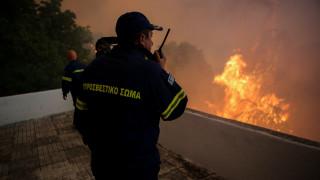 Φωτιά στην Εύβοια: Τραυματίστηκε ένας πυροσβέστης
