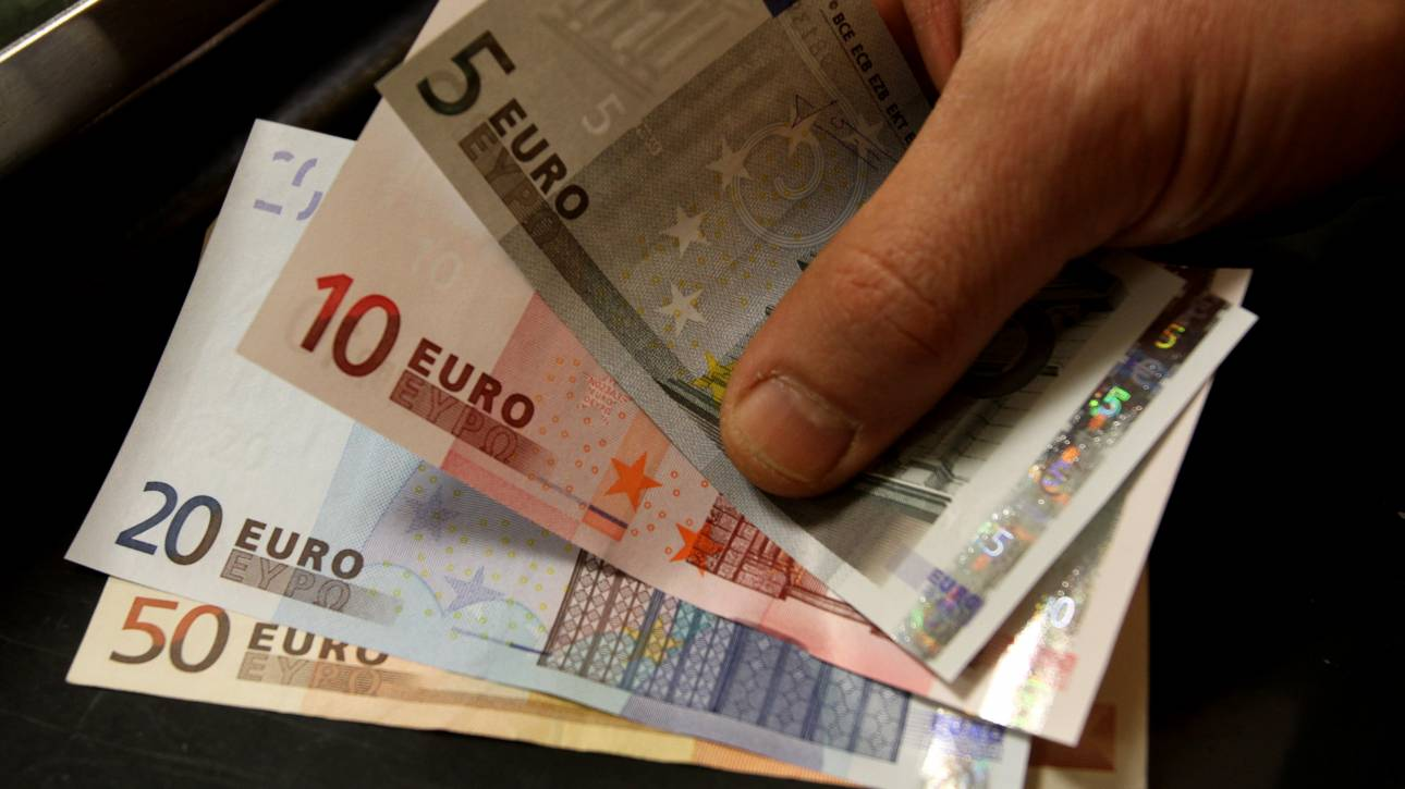 Ρύθμιση 120 δόσεων: Επιτόκιο 3% για τους οφειλέτες του ΕΦΚΑ