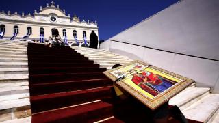 Δεκαπενταύγουστος: Οι Έλληνες γιορτάζουν την Κοίμηση της Θεοτόκου