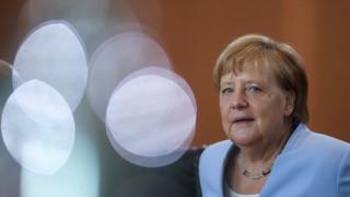 Μέρκελ για γερμανική οικονομία: Δεν βλέπω ανάγκη για μέτρα