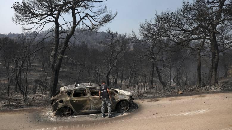 Φωτιά Εύβοια: Οριοθετημένη η φωτιά – Συνεχίζεται η «μάχη» της κατάσβεσης