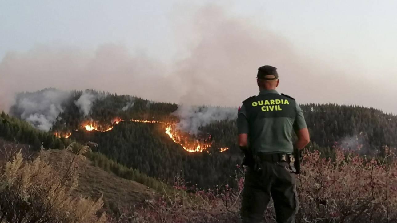 Συναγερμός για νέα φωτιά στην Ισπανία: Εκκενώθηκε δημοφιλής τουριστική περιοχή
