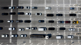 Κυκλοφοριακή συμφόρηση στην εθνική Θεσσαλονίκης – Νέων Μουδανιών λόγω καραμπόλας