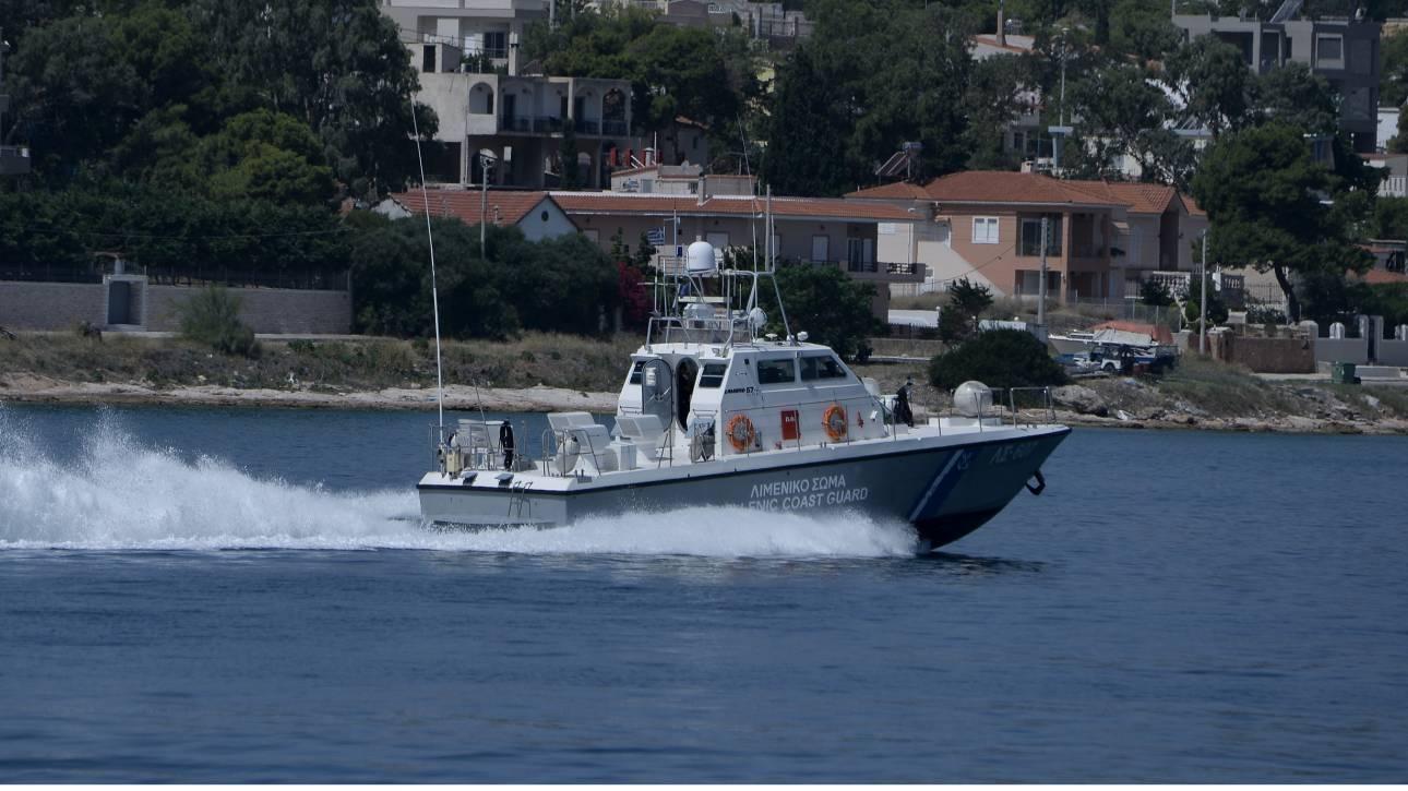 Παραλίγο τραγωδία στην Κρήτη: 10χρονος παρασύρθηκε από κύματα