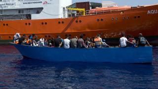 «Πλοία μας έβλεπαν και έσπευδαν να απομακρυνθούν»: Συγκλονίζει ο μοναδικός επιζών ναυτικής τραγωδίας
