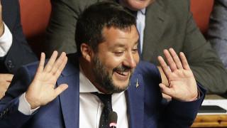 Η δημόσια κόντρα Γκιρ - Σαλβίνι καλά κρατεί: Πώς χαρακτήρισε ο διάσημος ηθοποιός τον Ιταλό υπ.Εσ